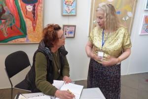 Johanna with visitors att Art Nordic 2016, st.68